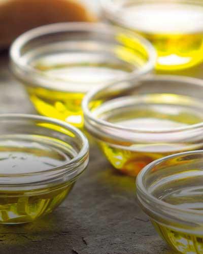 kulinarische-geschenke-fresskoerbe-oil-and-vinegar-oil-&-vinegar-oil-und-vinegar-essige-likoere-spirituosen-agrodolci-gewuerze