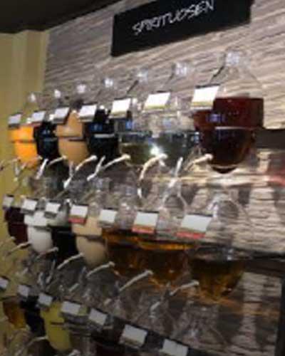 likoere-spirituosen-fachgeschaeft-oil-anf-vinegar-kulinarische-geschenke