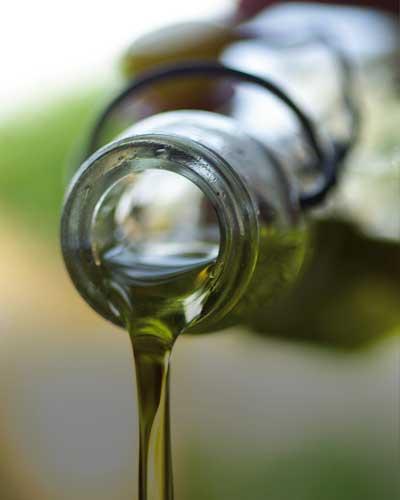 oil-und-vinegar-oil-and-vinegar-moers-kleve-krefeld-nordrhein-westfalen-feinkost-geschenke-fresskorb-esensgeschenke-feinkostgeschenke-kulinarische-geschenke-olivenoele.olivenoel-hochwertiges-olivenoel-natives-olivenoel
